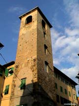 CASE TORRI - LE TANTE BELLEZZE di PISA.....