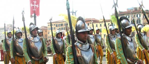 GIOCO DEL PONTE - LE TANTE BELLEZZE di PISA.....